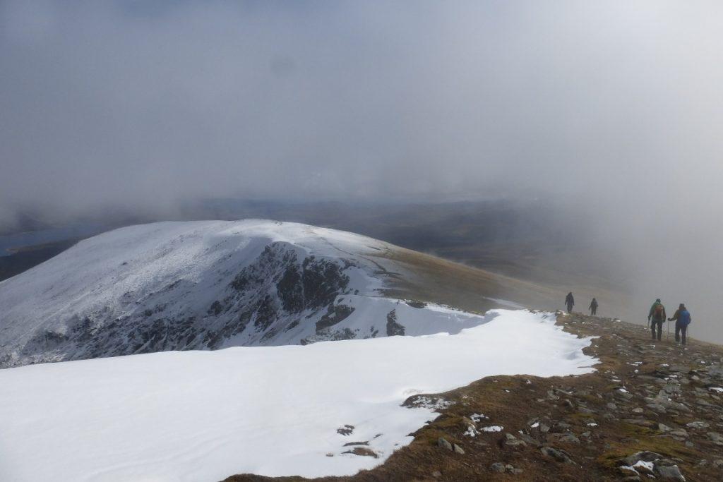 Heading down the ridge from Fionn Bheinn